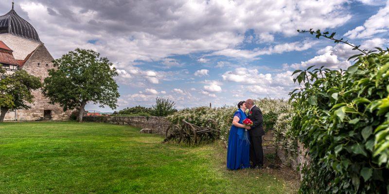 Hochzeitsfotografie Marco Dierbach Foto vom Brautpaar Wedding phtoto Bride and groom Runneburg Weissensee